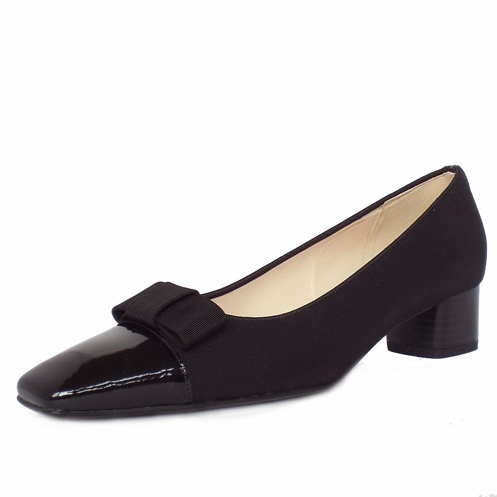 Low Heeled Black Leather Shoes