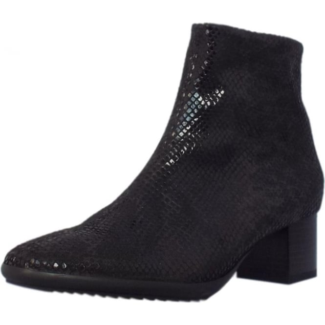Genova Black Stretch Short Boots in Black Diano