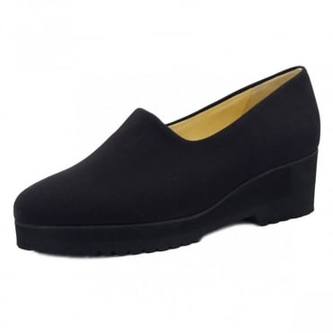 Aix Comfortable Wide Fitting Shoe in Black