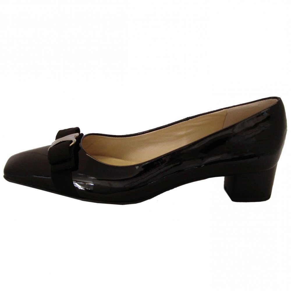kaiser balla black patent court shoes low heel