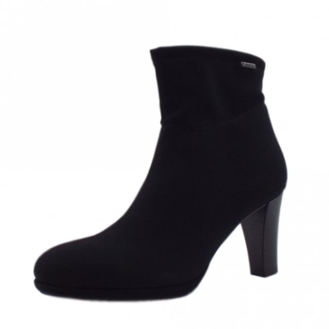 Cadis Stylish Gore-Tex Ankle Boot in Black Stretch