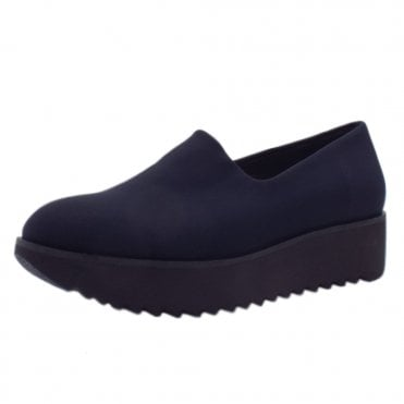 Daria Comfortable Stretch Shoe in Navy