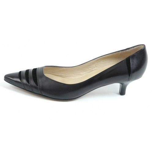 Peter Kaiser Duana | Black leather kitten heel pumps | Trendy heels