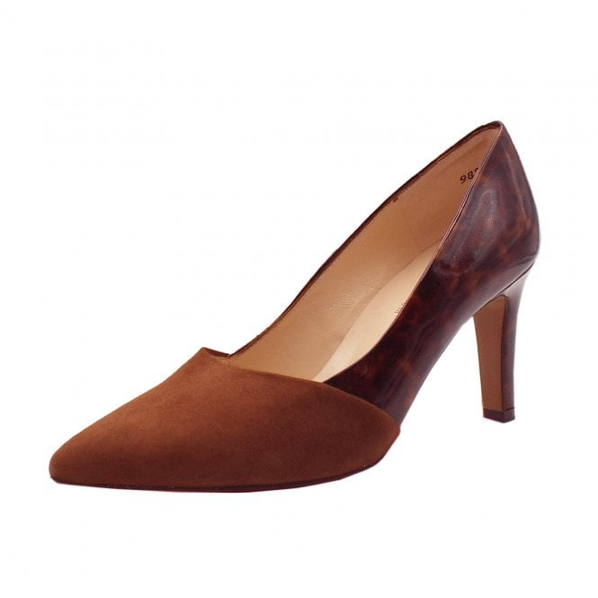Ekatarina Stylish Leather Court Shoes in Sable