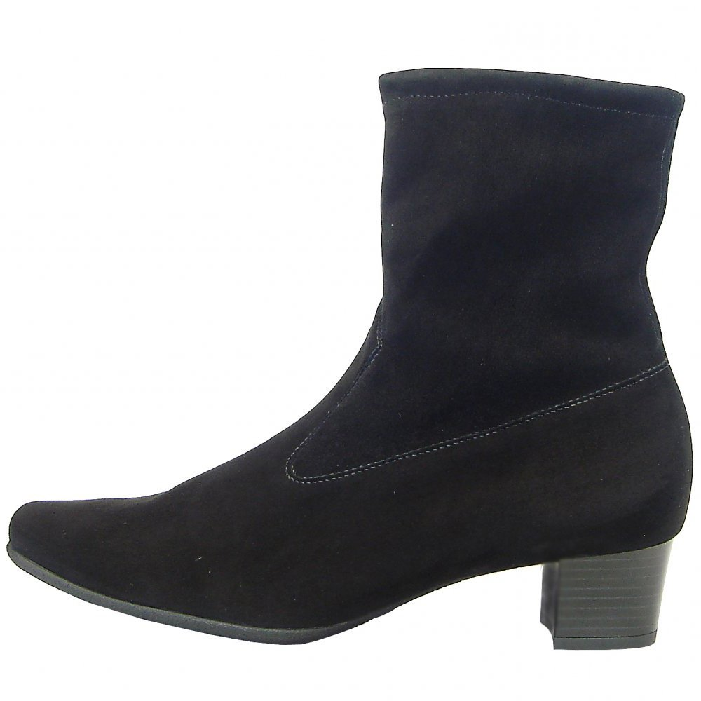 Coolcept On Black Short Comfort Boots Low Heel Women Pull rrBqwxa0 CHANGE OF TIME DELL'ANNO, Vittoria (Magliozzi) Visiting hours will be on SUNDAY, June 24th from PMPM at the Solimine Funeral Home, 67 Ocean St. (Rt 1A), LYNN.