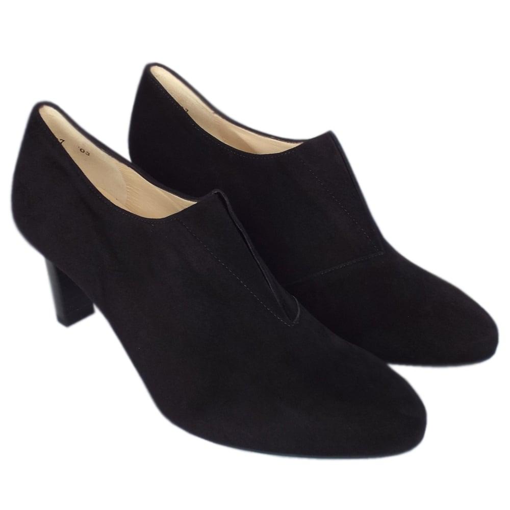 peter kaiser uk hanara black suede high top pumps aw17 trend. Black Bedroom Furniture Sets. Home Design Ideas