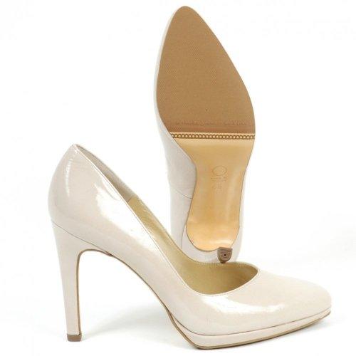29bbff66fbff33 ... Herdi Dressy Lana Crakle Patent Stilettos. ‹ View All Peter Kaiser  ‹  ...