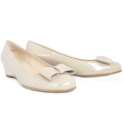 Peter Kaiser Milli   Pointed toe, court shoes, nude cream