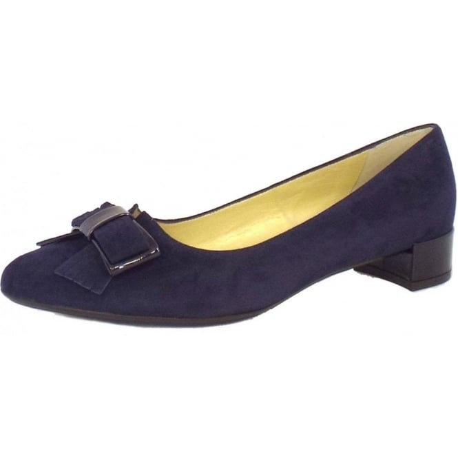 Joane Pointed Toe Pump in Navy Suede