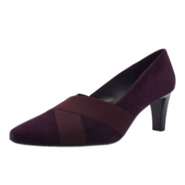 Maluna Mid Heel Court Shoes in Wine Suede