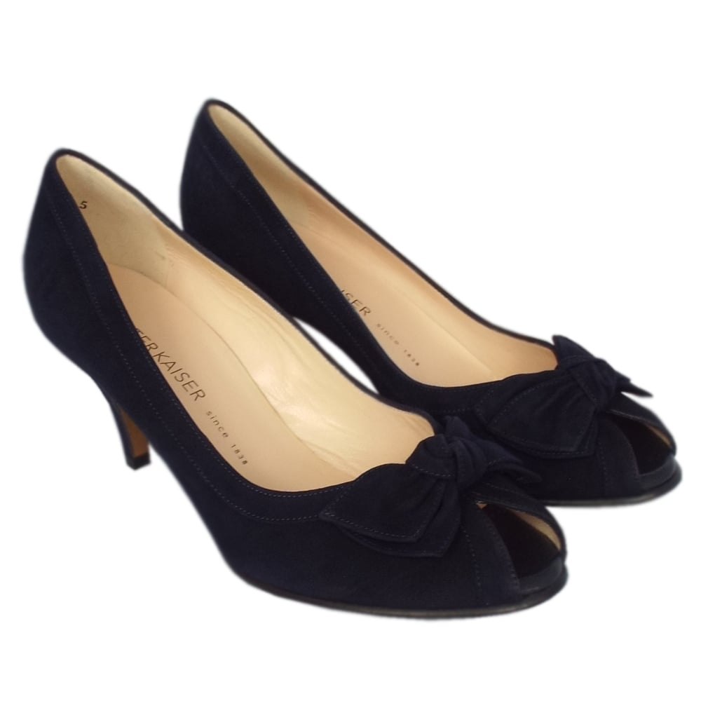 peter kaiser uk satyr notte suede bow trim mid heel pumps classy. Black Bedroom Furniture Sets. Home Design Ideas