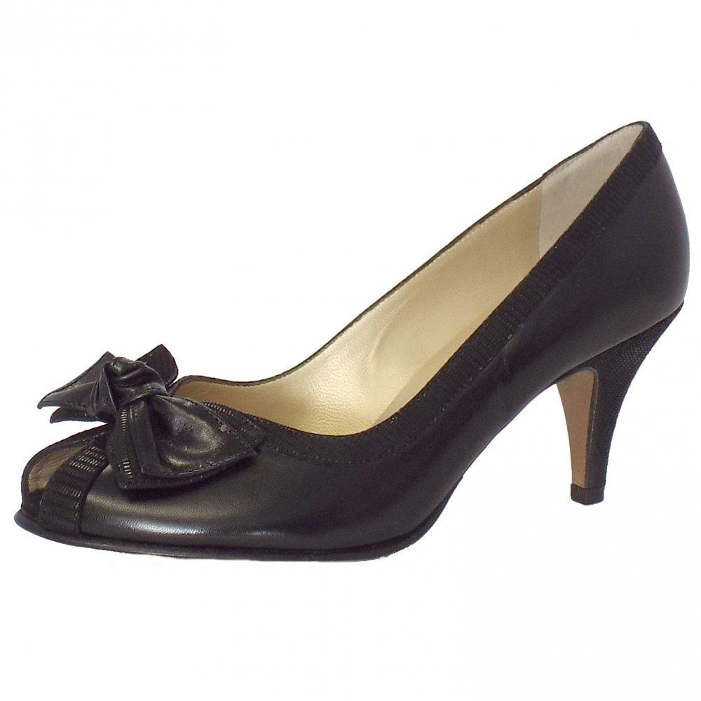 kaiser satyr peep toe evening shoes in