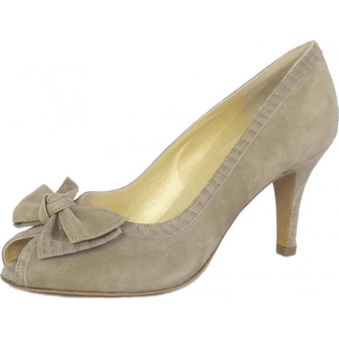 Sylve Peep Toe Shoes in Taupe Musti