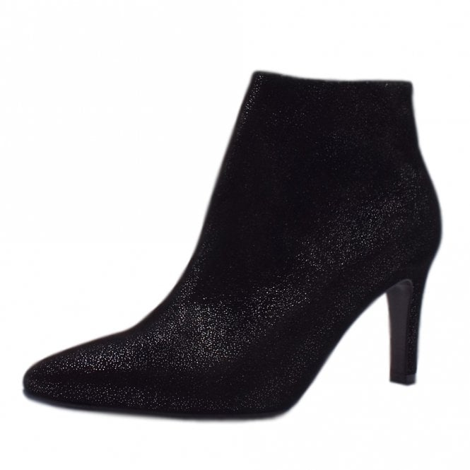 Uma Stylish Ankle Boot in Black Asterisk