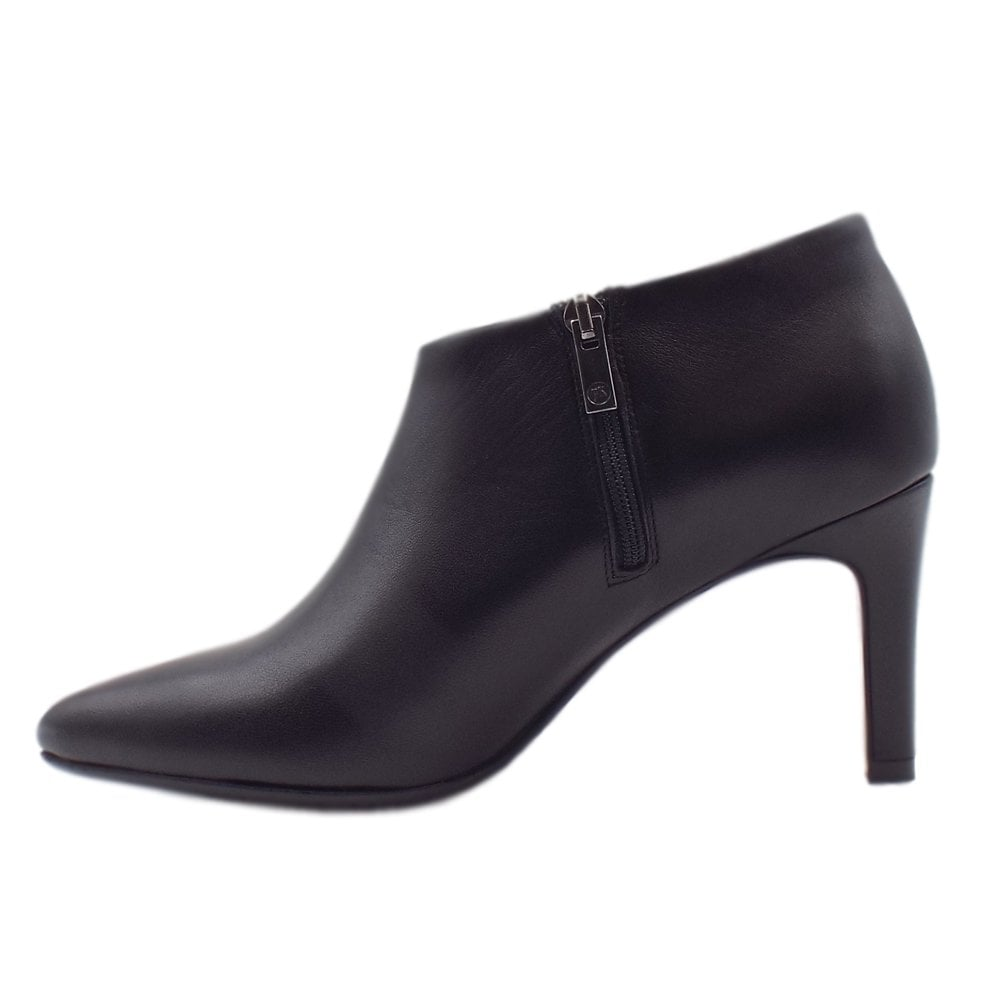 9b81e5009609 ... Ursina Shoe Boot in Black Glove ...
