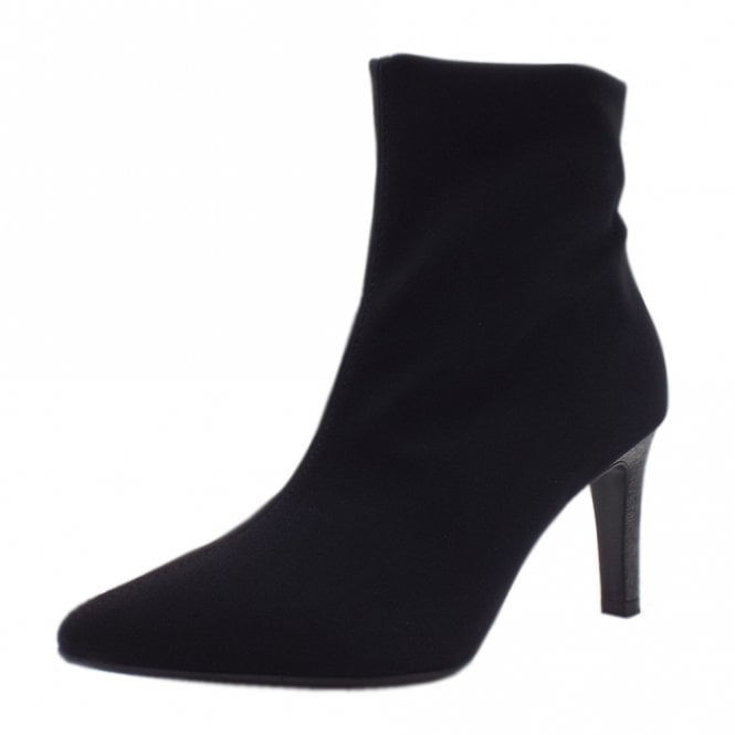 Ulsa Fashion Ankle Boots in Black Stretch